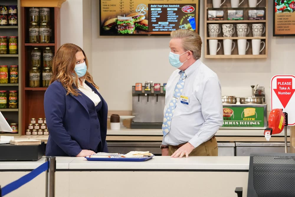 "SUPERSTORE Season 6 Episode 12 -- ""Customer Satisfaction"" Episode 612 -- Pictured: (l-r) Lauren Ash as Dina, Mark McKinney as Glenn -- (Photo by: Chris Haston/NBC)"