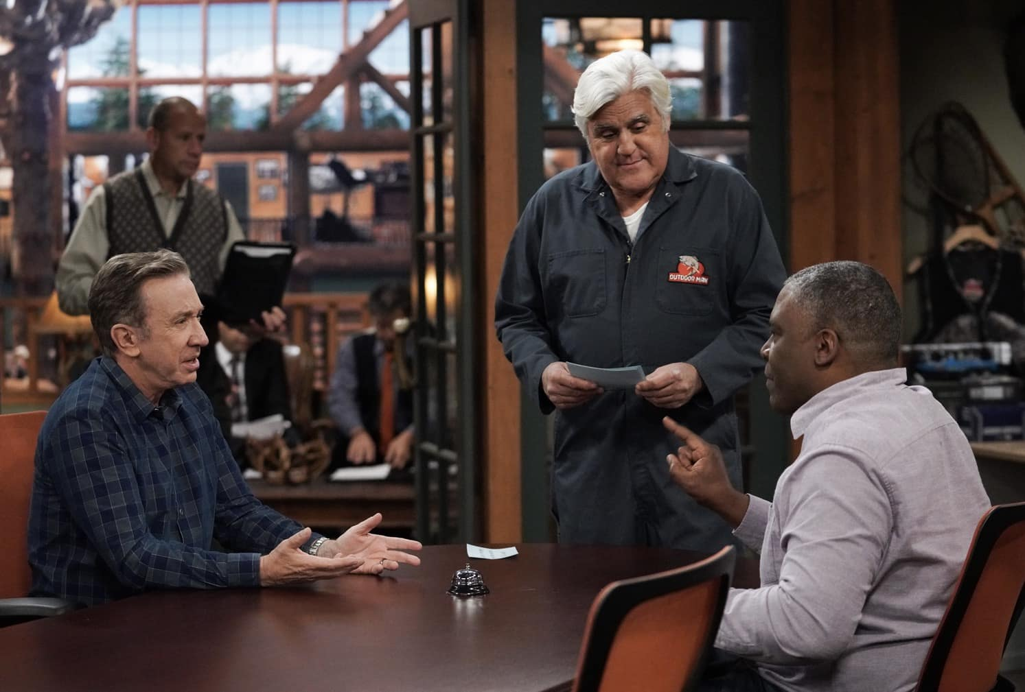 "LAST MAN STANDING Season 9 Episode 11 : L-R: Tim Allen, guest star Jay Leno and Jonathan Adams in the ""Granny Nanny"" episode of LAST MAN STANDING airing Thursday, March 11 (9:30-10:00 PM ET/PT) on FOX. CR: Michael Becker/FOX. © 2021 FOX Media LLC."