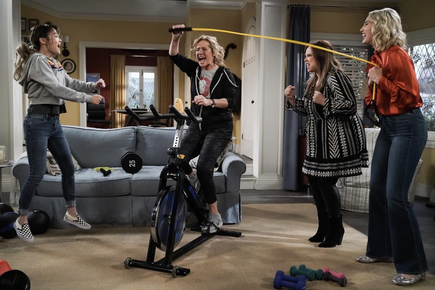 "LAST MAN STANDING Season 9 Episode 11 : L-R: Krista Marie Yu, Nancy Travis, Amanda Fuller and Molly McCook in the ""Granny Nanny"" episode of LAST MAN STANDING airing Thursday, March 11 (9:30-10:00 PM ET/PT) on FOX. CR: Michael Becker/FOX. © 2021 FOX Media LLC."