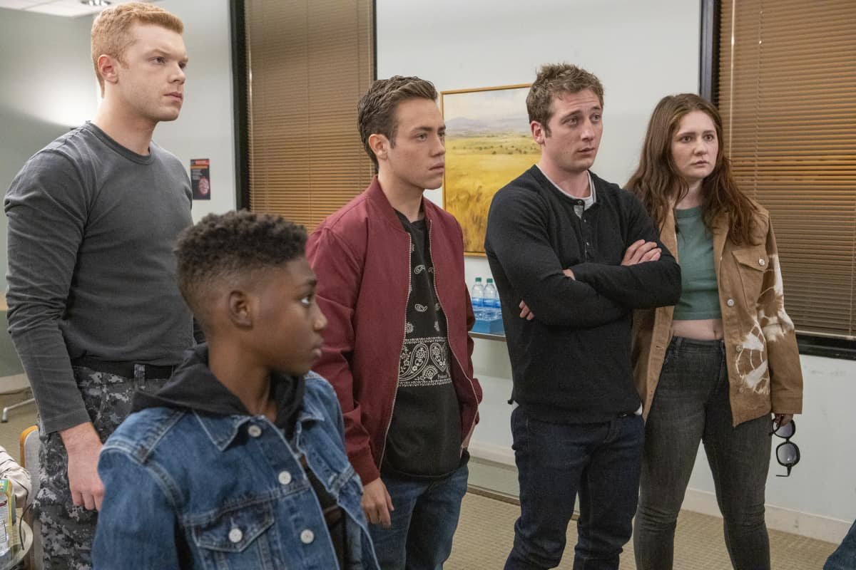 """Shameless Season 11 Episode 8 (L-R): Cameron Monaghan as Ian Gallagher, Christian Isaiah as Liam Gallagher, Ethan Cutkosky as Carl Gallagher, Jeremy Allen White as Lip Gallagher and Emma Kenney as Debbie Gallagher in SHAMELESS, """"Cancelled"""". Photo Credit: Paul Sarkis/SHOWTIME."""