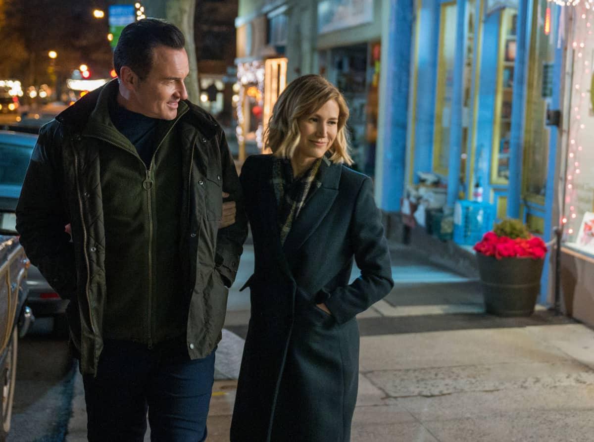 "FBI Most Wanted Season 2 Episode 9 ""One-Zero""- Pictured (L-R) Julian McMahon as Supervisory Special Agent Jess LaCroix and Jen Landon as  Sarah Allen"
