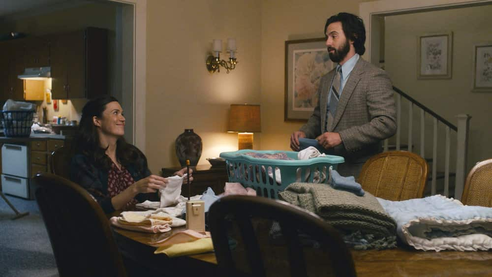 "THIS IS US Season 5 Episode 10 -- ""I've Got This"" Episode 510 -- Pictured in this screengrab: (l-r) Mandy Moore as Rebecca, Milo Ventimiglia as Jack -- (Photo by: NBC)"