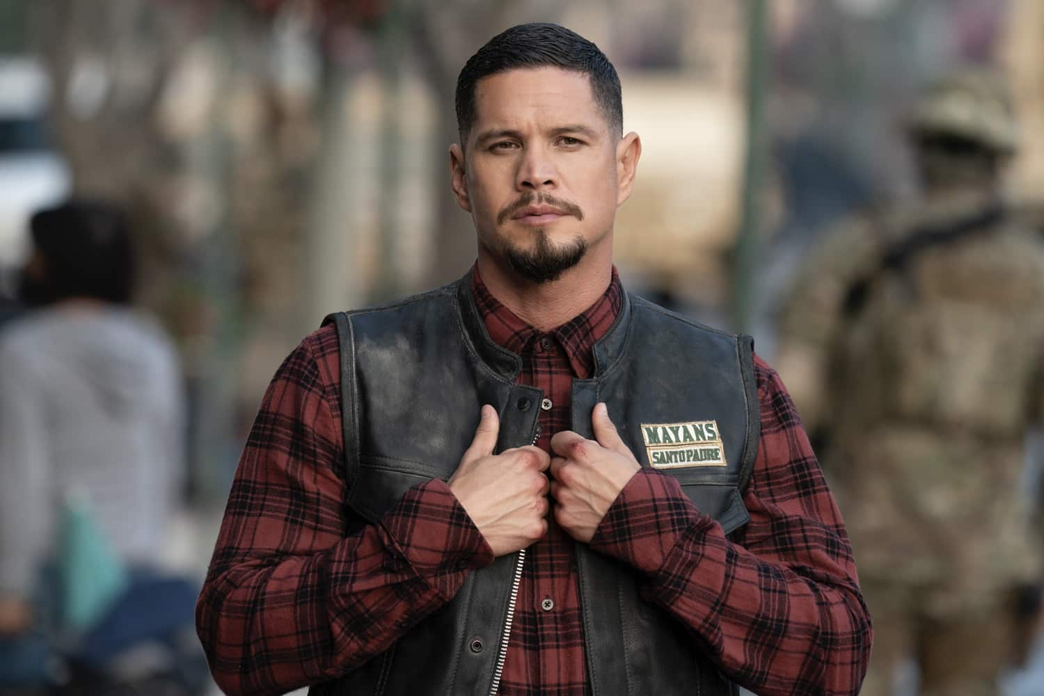 "MAYANS M.C. -- ""Pap Struggles with the Death Angel"" -- Season 3, Episode 1  (Airs March 16)  Pictured: JD Pardo as EZ Reyes. CR: Justin Lubin/FX"