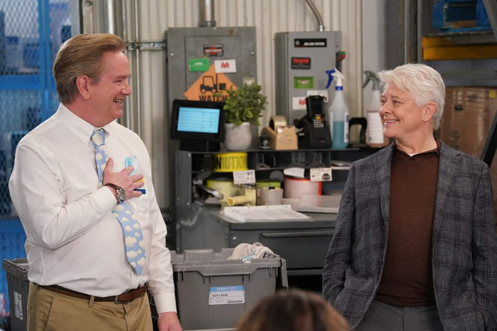 "SUPERSTORE -- ""Lowell Anderson"" Episode 613 -- Pictured: (l-r) Mark McKinney as Glenn, Dave Foley as Lowell Anderson -- (Photo by: Chris Haston/NBC)"