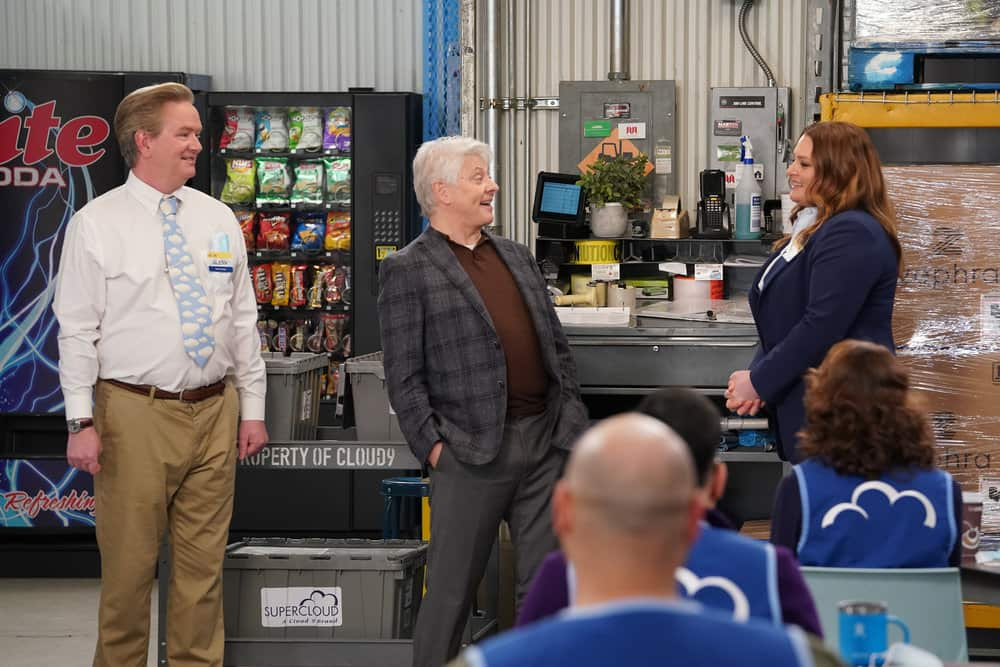 "SUPERSTORE -- ""Lowell Anderson"" Episode 613 -- Pictured: (l-r) Mark McKinney as Glenn, Dave Foley as Lowell Anderson, Lauren Ash as Dina -- (Photo by: Chris Haston/NBC)"