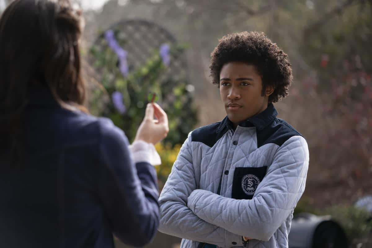 """Legacies -- """"Yup, It's a Leprechaun, All Right"""" -- Image Number: XXX -- Pictured (L-R): Kaylee Bryant as Josie Saltzman and Quincy Fouse as Milton """"MG"""" Greasley -- Photo: Bob Mahoney/The CW -- © 2021 The CW Network, LLC. All rights reserved."""