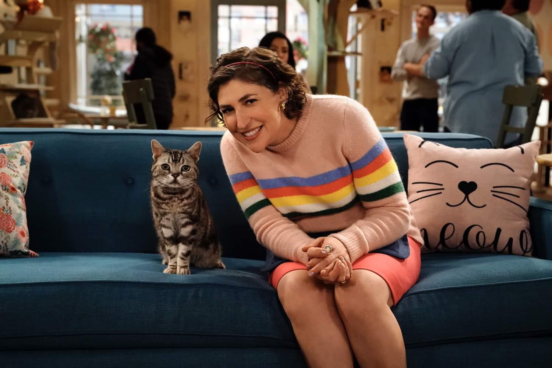 "CALL ME KAT: Mayim Bialik in the ""Salsa"" episode of CALL ME KAT airing Thursday, March 18 (9:00-9:30 PM ET/PT) on FOX. ©2021 FOX MEDIA LLC. Cr. Cr: Lisa Rose/FOX."