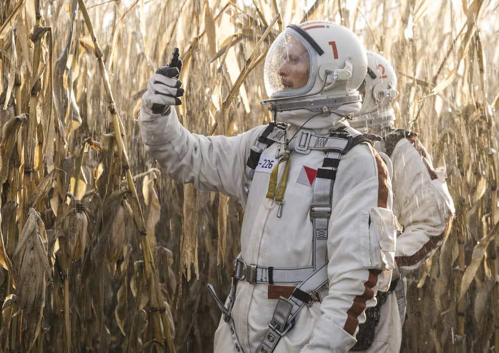 "DEBRIS -- ""In Universe"" Episode 104 -- Pictured: (l-r) Jonathan Tucker as Bryan Beneventi, Rian Steele as Finola Jones -- (Photo by: James Dittiger/NBC)"