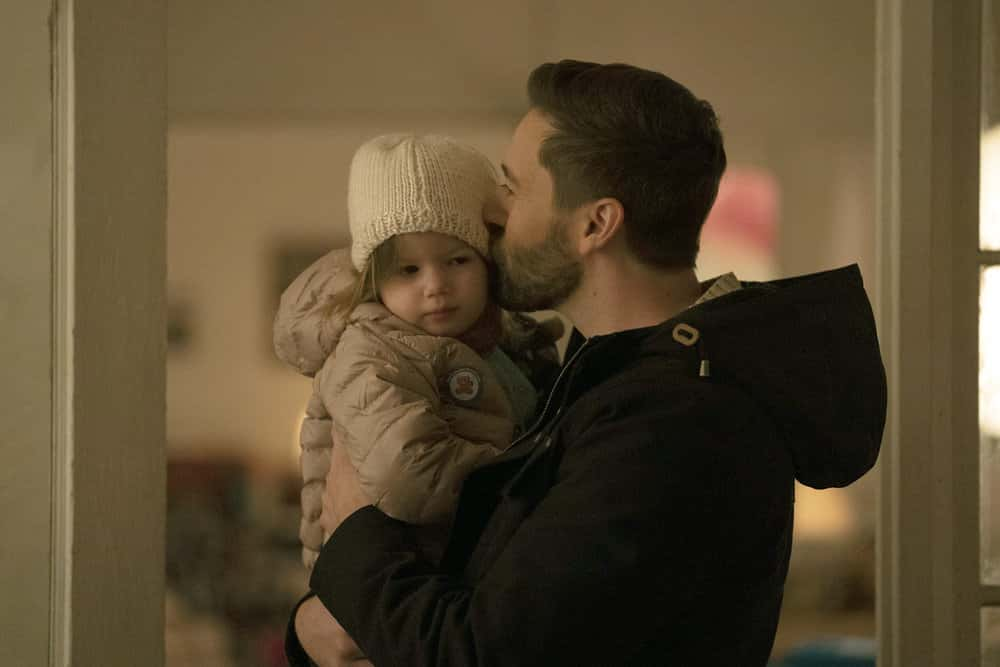 """NEW AMSTERDAM Season 3 Episode 4 -- """"All I Need"""" Episode 304 -- Pictured: (l-r) Nora and Opal Clow as Luna Goodwin, Ryan Eggold as Dr. Max Goodwin -- (Photo by: Virginia Sherwood/NBC)"""