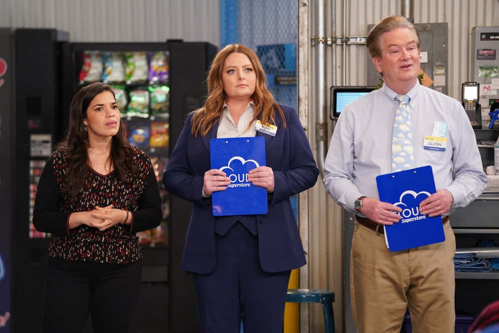 """SUPERSTORE Season 6 Episode 14 -- """"Perfect Store"""" Episode 614 -- Pictured: (l-r) America Ferrera as Amy, Lauren Ash as Dina, Mark McKinney as Glenn -- (Photo by: Tyler Golden/NBC)"""