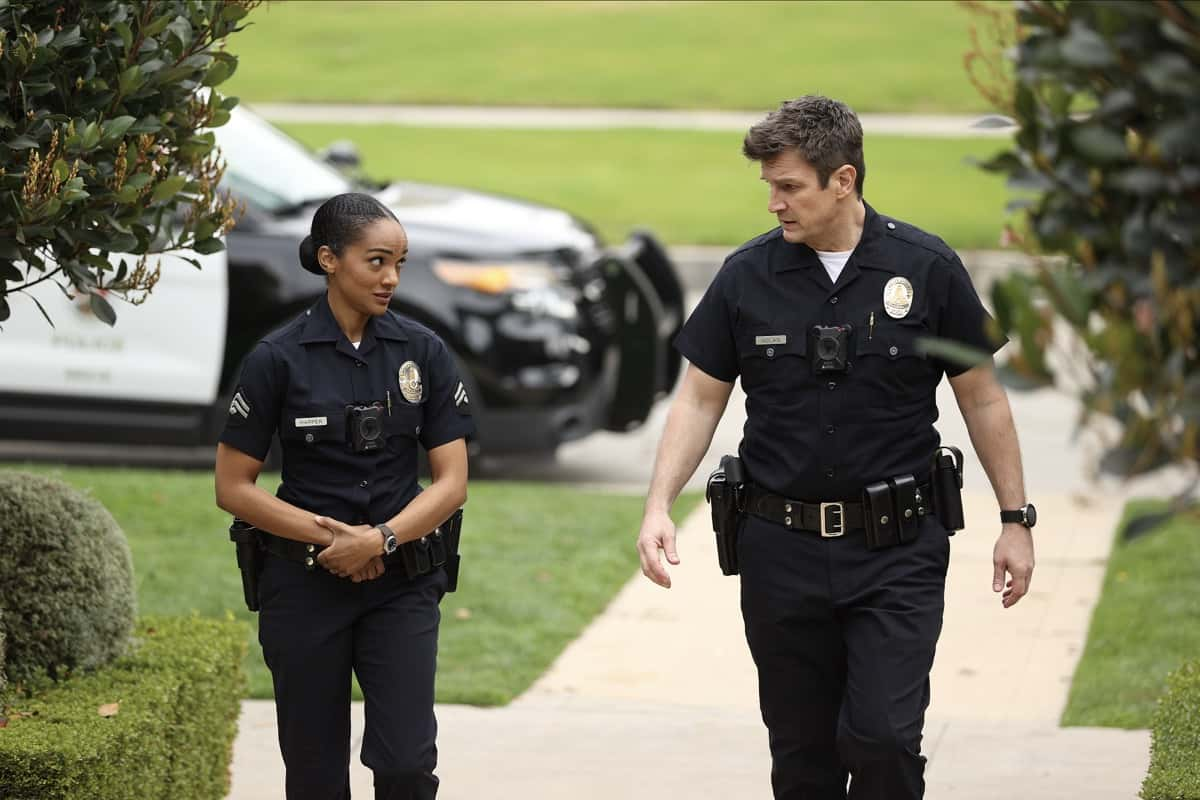 """THE ROOKIE Season 3 Episode 8 - """"Bad Blood"""" – Officer Nolan, Officer Harper and Detective Lopez are assigned to the kidnapping of the son of a criminal court judge who has a long list of enemies who could possibly be involved on """"The Rookie,"""" SUNDAY, MARCH 28 (10:00-11:00 p.m. EDT), on ABC. (ABC/Raymond Liu) MEKIA COX, NATHAN FILLION"""