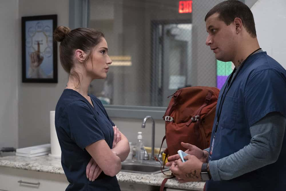 "NEW AMSTERDAM Season 3 Episode 5 -- ""Blood Sweat & Tears"" Episode 305 -- Pictured: (l-r) Janet Montgomery as Dr. Lauren Bloom, Alejandro Hernandez as Casey Acosta -- (Photo by: Virginia Sherwood/NBC)"