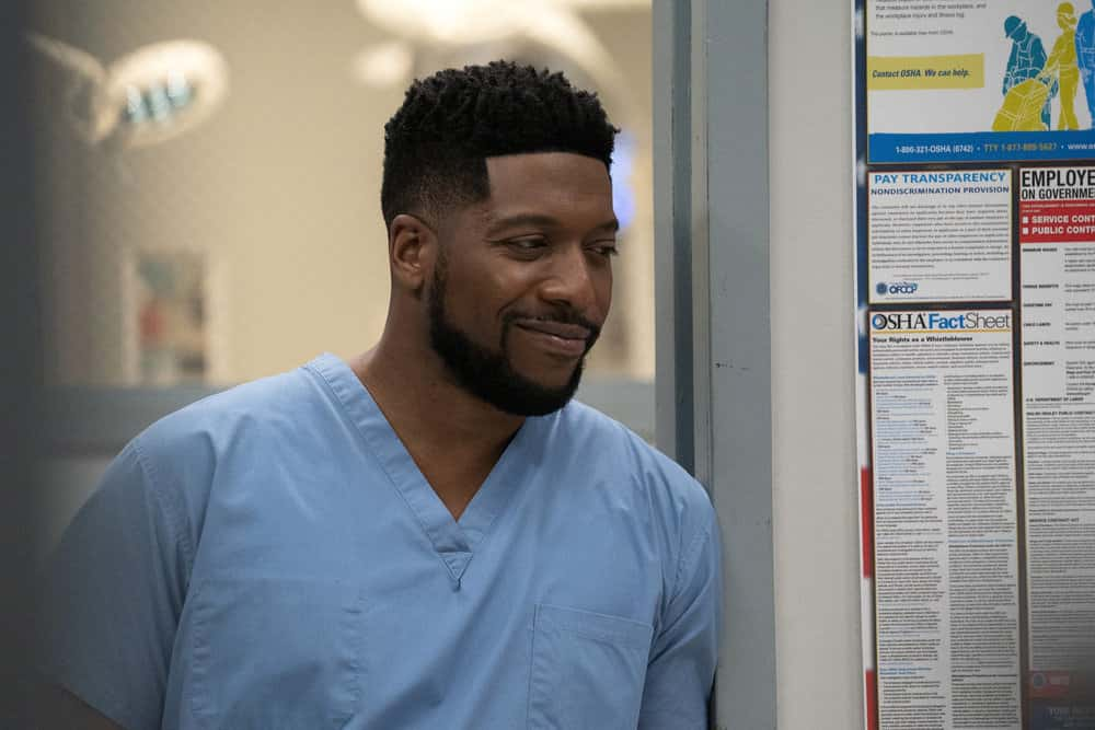 "NEW AMSTERDAM Season 3 Episode 5 -- ""Blood Sweat & Tears"" Episode 305 -- Pictured: Jocko Sims as Dr. Floyd Reynolds -- (Photo by: Virginia Sherwood/NBC)"