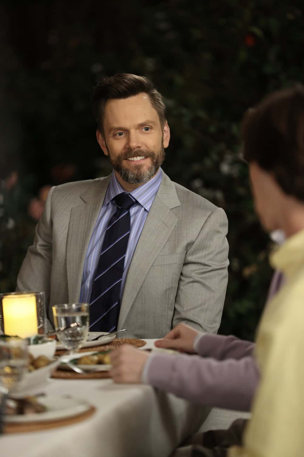 """AMERICAN HOUSEWIFE Season 5 Episode 13 - """"The Election"""" – Katie pushes Cooper (Logan Pepper) to share his passion for the culinary arts and ambition of becoming a chef with his autocratic father, Doyle Bradford (Joel McHale). Meanwhile, Greg and Principal Ablin (Jerry Lambert) go head-to-head when the election results offer an interesting twist. And the Otto family gets the surprise of a lifetime on the season finale of """"American Housewife,"""" WEDNESDAY, MARCH 31 (8:30-9:00 p.m. EDT), on ABC. (ABC/Raymond Liu) JOEL MCHALE"""