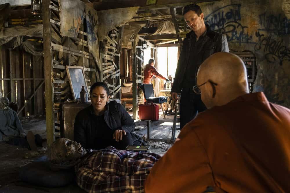 "DEBRIS Season 1 Episode 6 -- ""Supernova"" Episode: 106 -- Pictured: (l-r) Riann Steele as Finola Jones, Jonathan Tucker as Bryan Beneventi -- (Photo by: James Dittiger/NBC)"