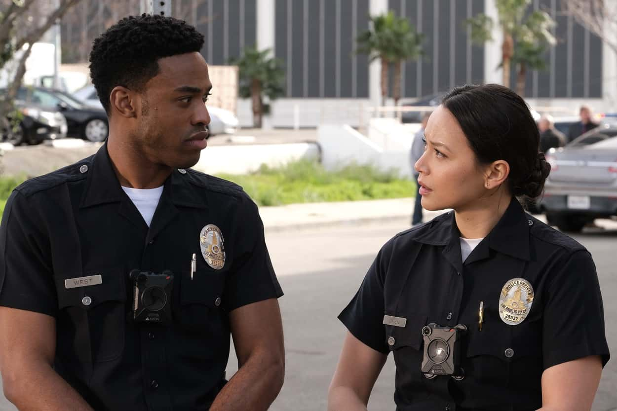 """THE ROOKIE Season 3 Episode 10 - """"Man of Honor"""" – Officers Harper and Nolan respond to a bank robbery in progress and realize the motives of the thief run much deeper than just needing money. Meanwhile, Officers Jackson and Chen's first day riding without training officers isn't what they thought it would be on """"The Rookie,"""" SUNDAY, APRIL 11 (10:00-11:00 p.m. EDT), on ABC. (ABC/Scott Everett White) TITUS MAKIN JR., MELISSA O'NEIL"""