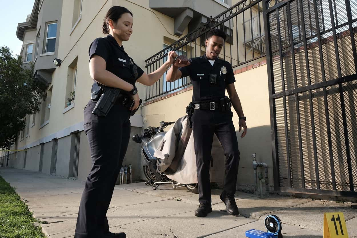 """THE ROOKIE Season 3 Episode 10 - """"Man of Honor"""" – Officers Harper and Nolan respond to a bank robbery in progress and realize the motives of the thief run much deeper than just needing money. Meanwhile, Officers Jackson and Chen's first day riding without training officers isn't what they thought it would be on """"The Rookie,"""" SUNDAY, APRIL 11 (10:00-11:00 p.m. EDT), on ABC. (ABC/Scott Everett White) TITUS MAKIN JR."""