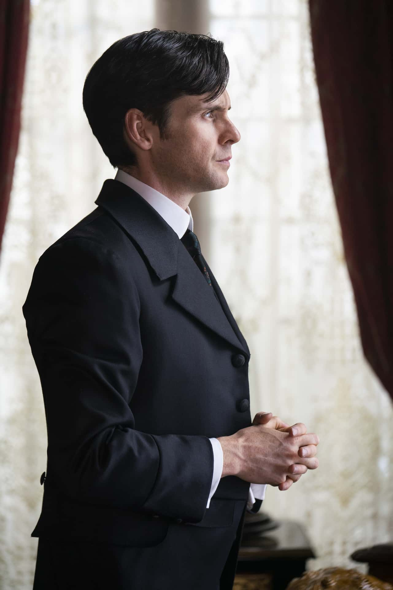 Tom Riley The Nevers Photograph by Keith Bernstein/HBO