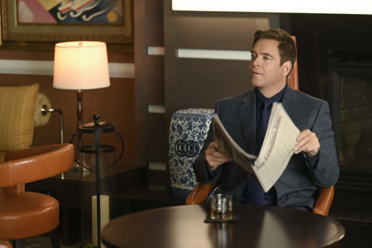 BULL Season 5 Episode 11 Truth & Reconciliation The origin story of TAC is revealed through flashbacks when Bull tries to get a new trial for the wrongly convicted prisoner who inspired him to work in trial science twelve years earlier, on BULL, Monday, April 12 (10:00-11:00 PM, ET/PT) on the CBS Television Network. Pictured: Michael Weatherly as Dr. Jason Bull Photo: David M. Russell/CBS ©2021 CBS Broadcasting, Inc. All Rights Reserved