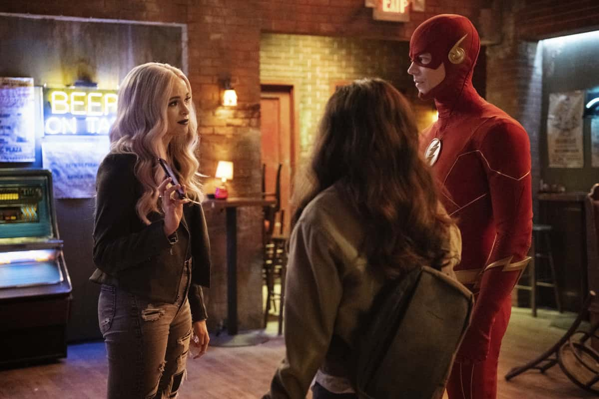 """The Flash Season 7 Episode 7 -- """"Growing Pains"""" -- Image Number:  FLA707b_0503r.jpg -- Pictured (L-R): Danielle Panabaker as Caitlin Frost, Kayla Compton as Allegra and Grant Gustin as The Flash -- Photo: Dean Buscher/The CW -- © 2021 The CW Network, LLC. All Rights Reserved."""
