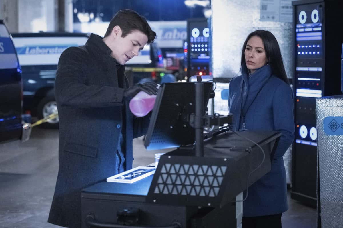 THE FLASH Season 7 Episode 7 Photos Growing Pains