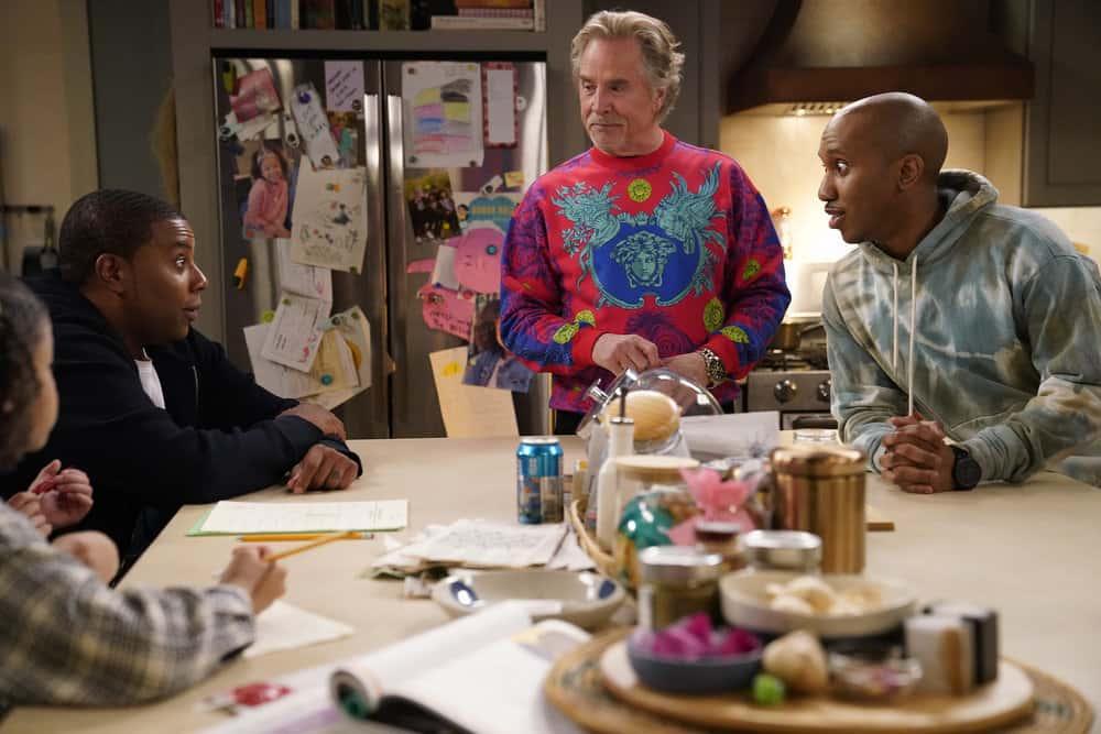 """KENAN Season 1 Episode 8-- """"Wednesday's Gal"""" Episode 108 -- Pictured: (l-r) Dani Lane as Aubrey,  Kenan Thompson as Kenan, Don Johnson as Rick, Chris redd as Gary -- (Photo by: Casey Durkin/NBC)"""