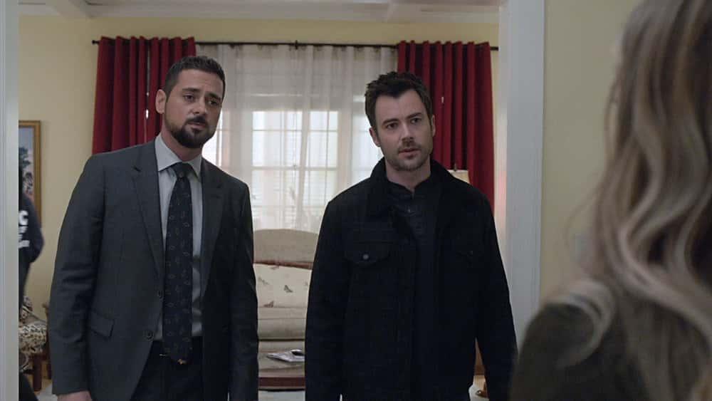 """MANIFEST Season 3 Episode 3 -- """"Wingman"""" Episode 303 -- Pictured in this screengrab: (l-r) J.R. Ramirez as Jared Vasquez, Matt Long as Zeke Landon -- (Photo by: NBC)"""
