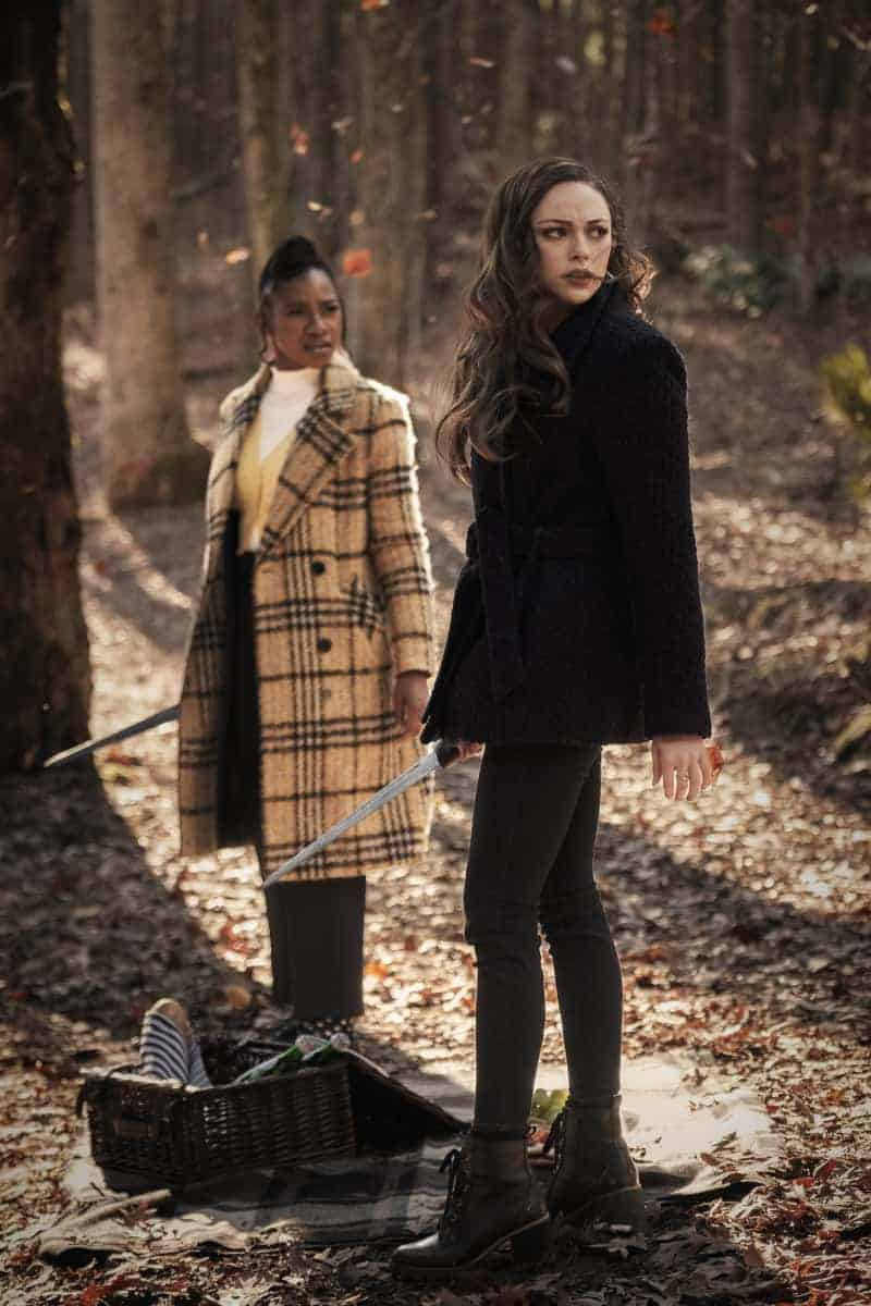 """Legacies Season 3 Episode 10 -- """"All's Well That Ends Well"""" -- Image Number: LGC310a_0221r -- Pictured (L-R): Danielle Rose Russell as Hope Mikaelson and Omono Okojie as Cleo -- Photo: Kyle Kaplan/The CW -- © 2021 The CW Network, LLC. All Rights Reserved."""