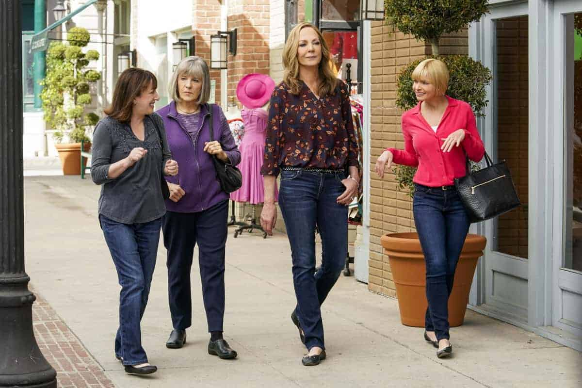 """Mom Season 8 Episode 14 """"Endorphins and a Toasty Tushy"""" – Bonnie struggles with her own self-worth after Tammy finds success. Also, Jill's new hobby leads to an unexpected revelation, on MOM, Thursday, April 15 (9:01-9:30 PM, ET/PT) on the CBS Television Network. Pictured (L-R): Beth Hall as Wendy, Mimi Kennedy as Marjorie, Allison Janney as Bonnie, and Jaime Pressly as Jill Photo: Robert Voets/©2021 Warner Bros. Entertainment Inc. All Rights Reserved."""