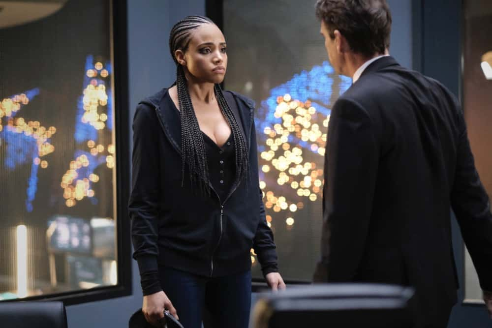 """Batwoman Season 2 Episode 11 -- """"Arrive Alive"""" -- Image Number: BWN211a_0338r -- Pictured (L-R): Meagan Tandy as Sophie Moore and Dougray Scott as Commander Jacob Kane -- Photo: Bettina Strauss/The CW -- © 2021 The CW Network, LLC. All Rights Reserved."""