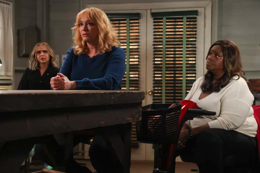 """GOOD GIRLS -- """"Grandma Loves Grisham"""" Episode 406 -- Pictured: (l-r) Mae Whitman as Annie Marks, Christina Hendricks as Beth Boland, Retta as Ruby Hill -- (Photo by: Jordin Althaus/NBC)"""