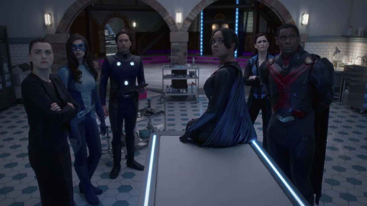 "Supergirl Season 6 Episode 4 -- ""Lost Souls"" -- Image Number: SPG604fg_0012r.jpg -- Pictured: Katie McGrath as Lena Luthor, Nicole Maines as Dreamer, Jesse Rath as Brainiac-5, Sharon Leal as M'gann M'orzz, Chyler Leigh as Sentinal and David Harewood as J'onn J'onzz. Photo: The CW -- © 2021 The CW Network, LLC. All Rights Reserved."