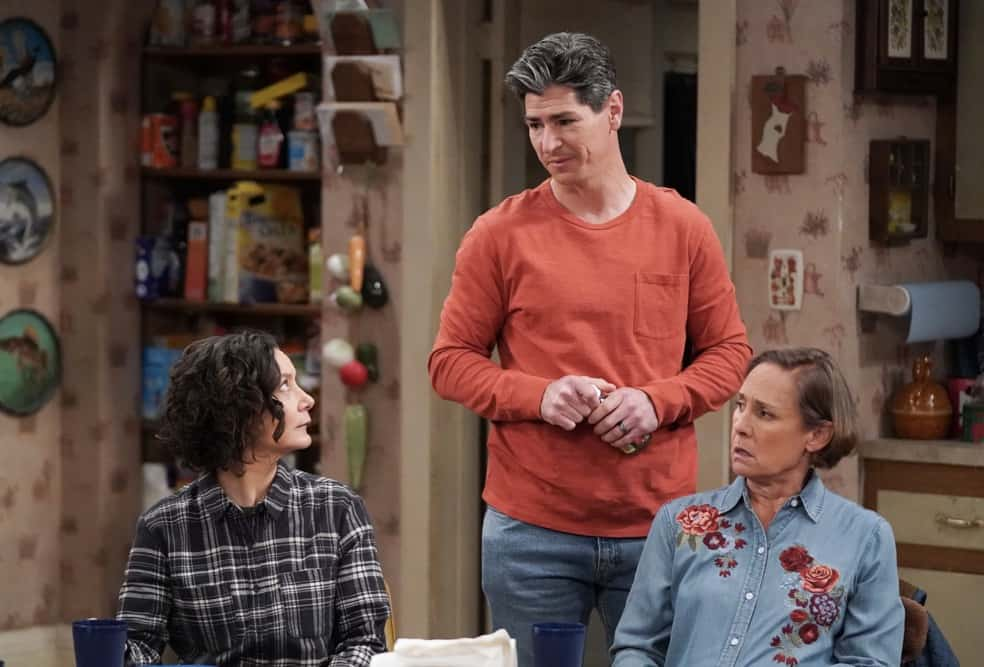 """THE CONNERS Season 3 Episode 18 - """"Cheating, Revelations and A Box of Doll Heads"""" – Mark is stressed and exhausted from studying for an important entrance exam so Darlene steps in to help, but her plan backfires, on an all-new episode of """"The Conners,"""" airing WEDNESDAY, APRIL 21 (9:00-9:30p.m. EDT), on ABC. (ABC/Eric McCandless) SARA GILBERT, MICHAEL FISHMAN, LAURIE METCALF"""
