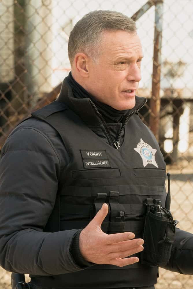 "CHICAGO PD Season 8 Episode 12 -- ""Due Process"" Episode 812 -- Pictured: Jason Beghe as Hank Voight -- (Photo by: Lori Allen/NBC)"