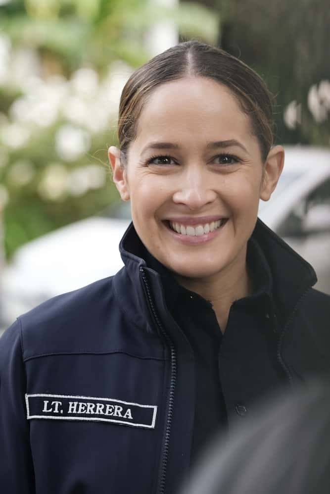 """STATION 19 Season 4 Episode 12 - """"Get Up, Stand Up"""" – In the wake of national outcry after the tragic murder of an unarmed Black man, Maya brings in Dr. Diane Lewis to grief counsel the team on a new episode of """"Station 19,"""" THURSDAY, APRIL 22 (8:00-9:00 p.m. EDT), on ABC. (ABC/Ron Batzdorff) JAINA LEE ORTIZ"""