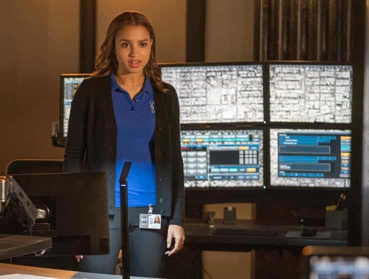 "9-1-1 Season 4 Episode 10 : Corinne Massiah in the ""Parenthood"" episode of 9-1-1 airing Monday, April 26 (8:00-9:00 PM ET/PT) on FOX. CR: Jack Zeman /FOX. © 2021 FOX Media LLC."