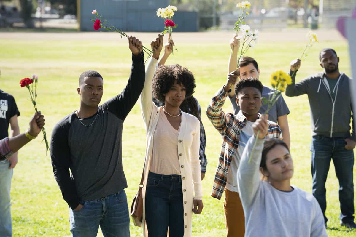 """All American Season 3 Episode 11 -- """"The Bigger Picture"""" -- Image Number: ALA311a_0542r.jpg -- Pictured (L-R): Daniel Ezra as Spencer, Karimah Westbrook as Grace and Jalyn Hall as Dillon -- Photo: Erik Voake/The CW -- © 2021 The CW Network, LLC. All Rights Reserved"""