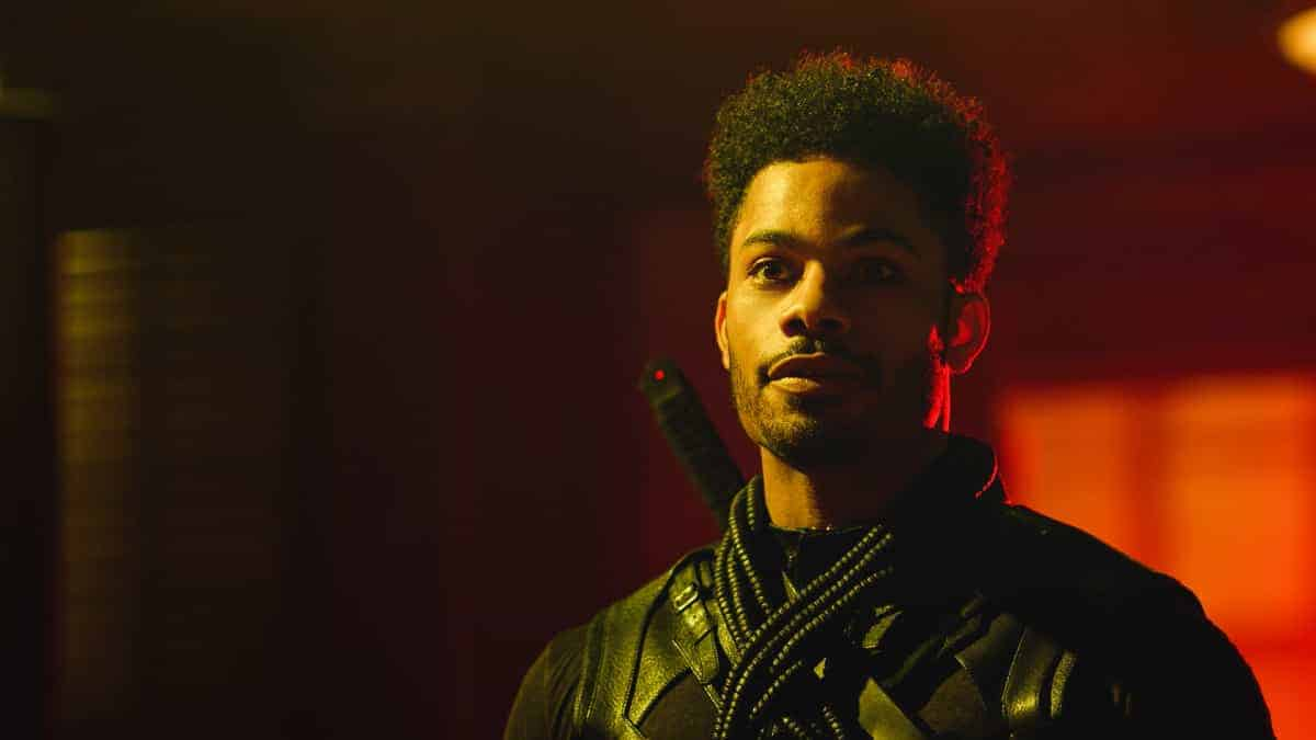 "Black Lightning Season 4 Episode 9 -- ""The Book of Ruin: Chapter Four:Lyding"" -- Image Number: BLK409fg_0012r.jpg -- Pictured: Jordan Calloway as Painkiller — Photo: The CW --  2021 The CW Network, LLC. All rights reserved."