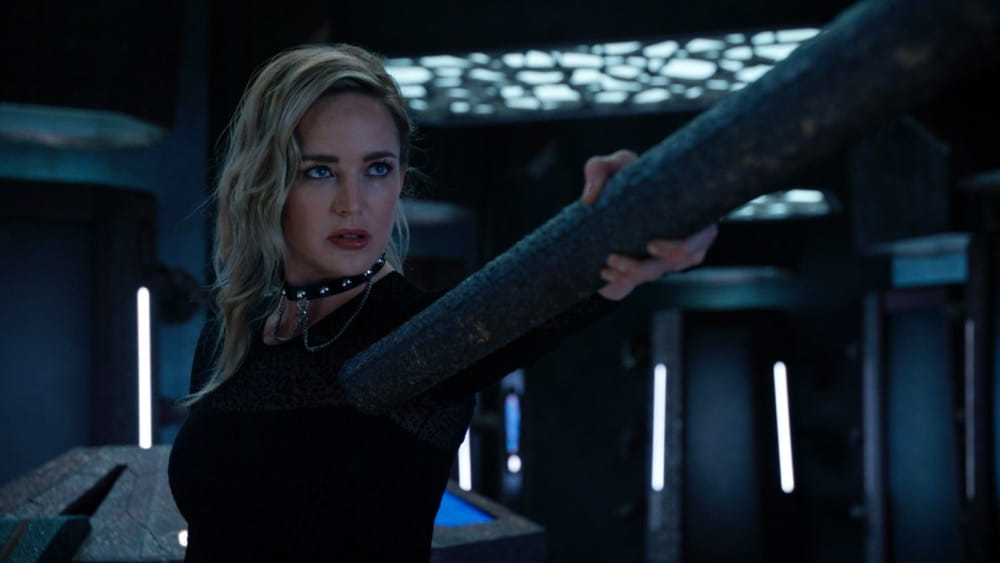 """Legends of Tomorrow Season 6 Episode 1 -- """"Ground Control to Sara Lance"""" -- Image Number: LGN601fg_0013r.jpg -- Pictured: Caity Lotz as Sara Lance -- Photo: The CW -- © 2021 The CW Network, LLC. All Rights Reserved."""