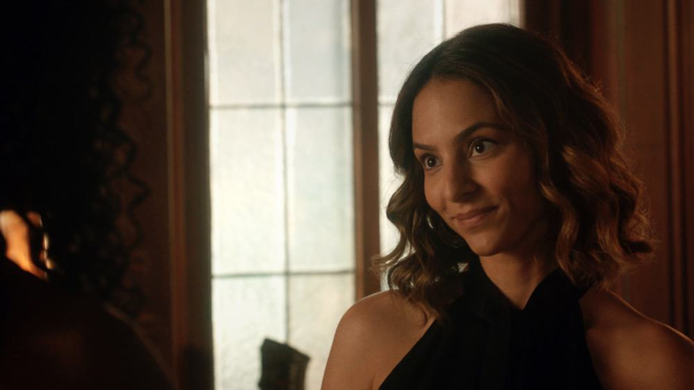 """Legends of Tomorrow Season 6 Episode 1 -- """"Ground Control to Sara Lance"""" -- Image Number: LGN601fg_0009r.jpg -- Pictured: Tala Ashe as Zari -- Photo: The CW -- © 2021 The CW Network, LLC. All Rights Reserved."""
