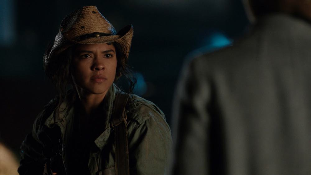 """Legends of Tomorrow Season 6 Episode 1 -- """"Ground Control to Sara Lance"""" -- Image Number: LGN601fg_0024r.jpg -- Pictured: Lisseth Chavez as Esperanza """"Spooner"""" Cruz -- Photo: The CW -- © 2020 The CW Network, LLC. All Rights Reserved."""