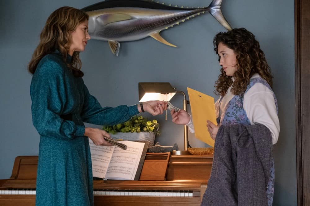"""City On A Hill Season 2 Episode 6 (L-R): Jill Hennessy as Jenny Rohr and Lucia Ryan as Benedetta Rohr in CITY ON A HILL, """"Don't Go Sayin' Last Words"""". Photo Credit: Francisco Roman/SHOWTIME."""