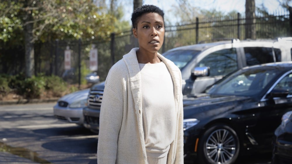 """BLACK LIGHTNING Season 4 Episode 10-- """"The Book of Reunification: Chapter One"""" -- Image Number: BLK410a_0003r.jpg -- Pictured: Christine Adams as Lynn -- Photo: Boris Martin/The CW --  2021 The CW Network, LLC. All rights reserved."""