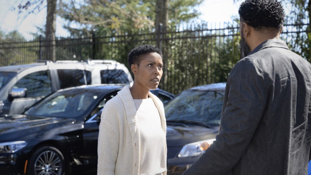 """BLACK LIGHTNING Season 4 Episode 10 -- """"The Book of Reunification: Chapter One"""" -- Image Number: BLK410a_0003r.jpg -- Pictured: (L-R) Christine Adams as Lynn and Cress Williams as Jefferson  -- Photo: Boris Martin/The CW --  2021 The CW Network, LLC. All rights reserved."""