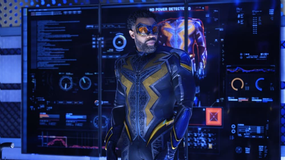 BLACK LIGHTNING Season 4 Episode 10 Photos The Book Of Reunification Chapter One