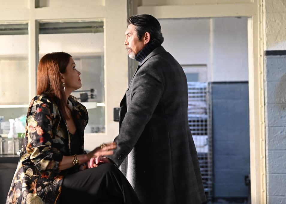 """PRODIGAL SON Season 2 Episode 11 : L-R: Bellamy Young and Lou Diamond Phillips in the """"You Can Run…"""" episode of PRODIGAL SON airing Tuesday, May 4 (9:01-10:00 PM ET/PT) on FOX. ©2021 Fox Media LLC Cr: Phil Caruso/FOX"""