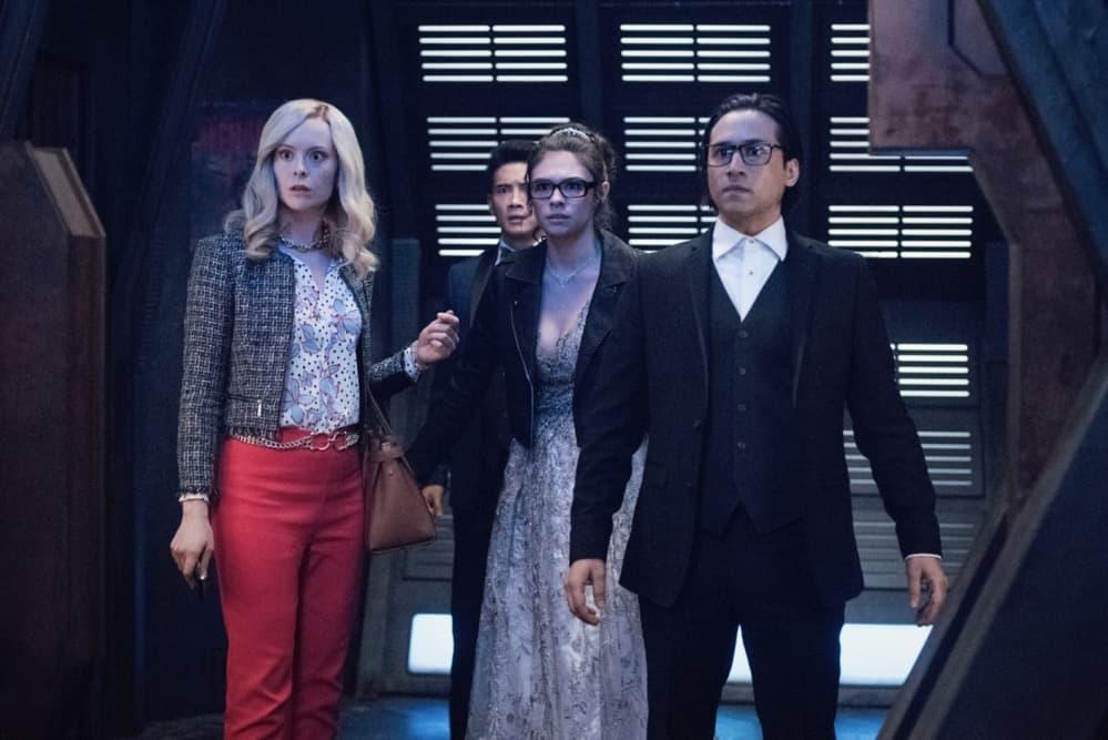 SUPERGIRL Season 6 Episode 6 Photos Promo Again