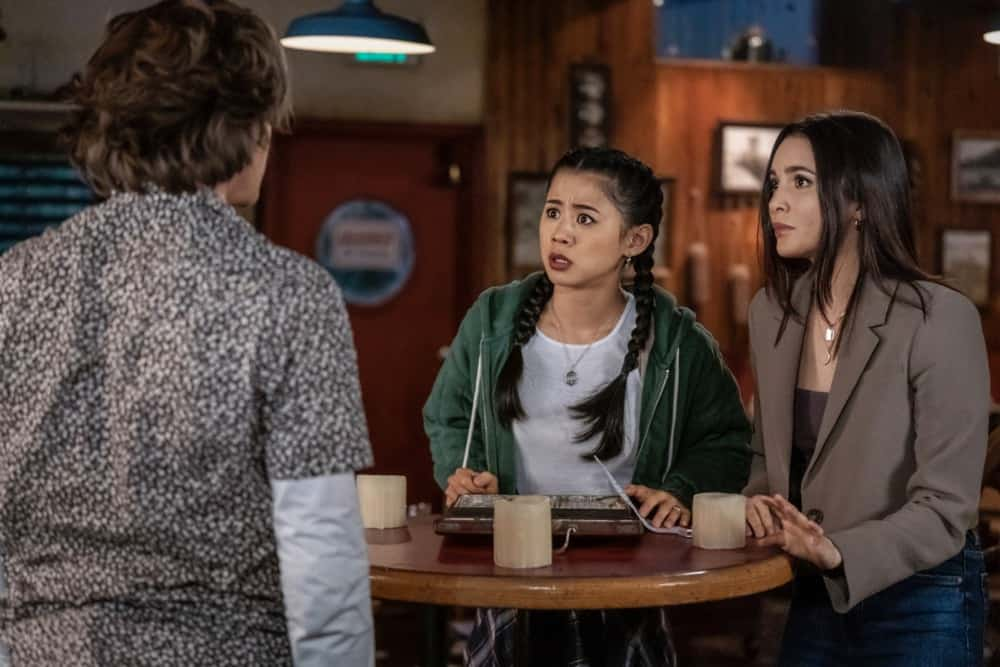 """NANCY DREW Season 2 Episode 14 -- """"The Siege of the Unseen Specter"""" -- Image Number: NCD214a_0147r.jpg -- Pictured (L-R):  Alex Saxon as Ace, Leah Lewis as George and Maddison Jaizani as Bess -- Photo: Colin Bentley/The CW -- © 2021 The CW Network, LLC. All Rights Reserved."""