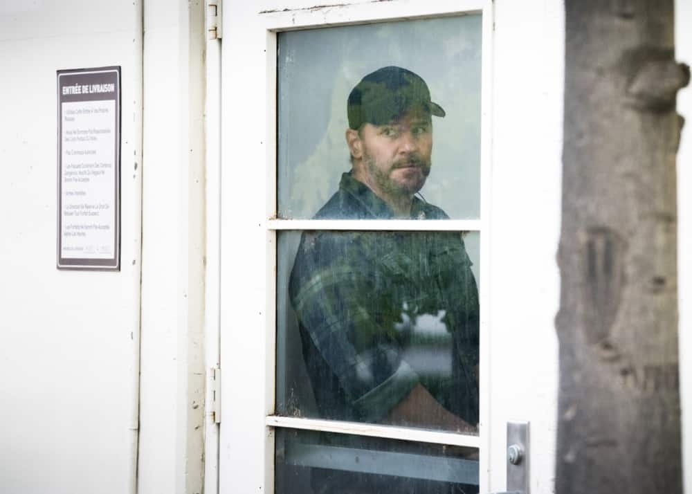 """SEAL TEAM Season 4 Episode 13 """"Do No Harm"""" -- Bravo is tasked with bringing a defecting Boko Haram lieutenant into U.S. custody, but the mission goes sideways when the target gets attacked. Also, Sonny drops the ball as Bravo\'s rep on the U.S.S. Keating, and the entire team pays the price, on SEAL TEAM, Wednesday, May 5 (9:00-10:00 PM, ET/PT) on the CBS Television Network. Episode directed by producer and recurring star Tyler Grey. Pictured: David Boreanaz as Jason Hayes.  Photo: Erik Voake/CBS ©2021 CBS Broadcasting, Inc. All Rights Reserved."""