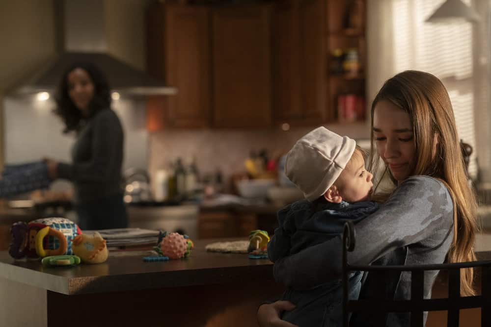 """MANIFEST Season 3 Episode 8 -- """"Destination Unknown"""" Episode 308 -- Pictured: Holly Taylor as Angelina Meyer -- (Photo by: Peter Kramer/NBC)"""